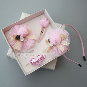Picture of 4 Pieces Pretty Baby Headband & Hair Clip Set